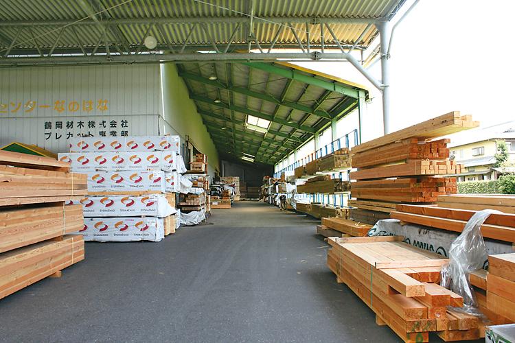 木材ストックヤード